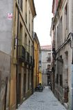 La ciudad medieval antigua de Ávila empareda el Castile España de los tragos del castillo Ávila describió como la mayoría de ciud foto de archivo