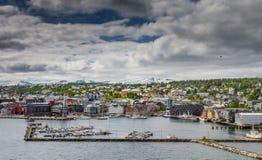 La ciudad nórdica de Tromsø Imagenes de archivo