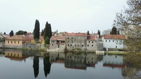 La ciudad vieja de Trebinje del aire Imágenes de archivo libres de regalías