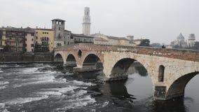 La ciudad vieja de Verona almacen de metraje de vídeo