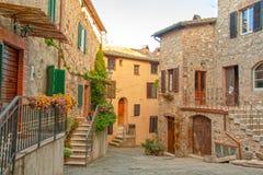 La ciudad vieja del ` Orcia de Castiglione d en Toscana imagen de archivo libre de regalías