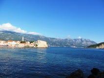 La ciudad vieja en el mar Foto de archivo libre de regalías