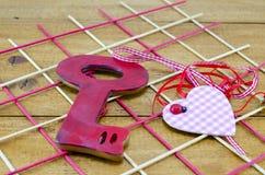 La clé à un coeur Photographie stock libre de droits