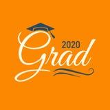 La clase de 2020 enhorabuena gradúa tipografía con el casquillo y T Ilustración del Vector