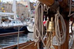 La cloche du bateau Photographie stock
