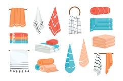 La colección de toallas de la tela de la mano y del baño rodó, colgando en el carril o el anillo, mintiendo en pila Paquete de el stock de ilustración