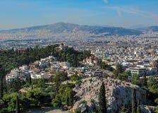 La colina en Atenas central, la capital de Pnyx de Grecia fotos de archivo