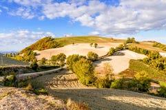 La colina en el Montefeltro (Italia) Foto de archivo libre de regalías