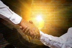 La collaborazione migliora l'armonia con buona vita immagini stock