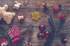 La collection d'ornements de Noël, cadeau, présente pour des enfants Photographie stock libre de droits