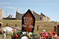 La collina del martire, il Kosovo Fotografie Stock