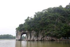 La collina del tronco dell'elefante a GUILIN Fotografia Stock