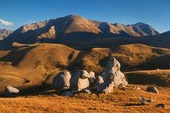 La colline de château est un emplacement et une station élevée de pays en île du sud de la Nouvelle Zélande près de la route nati photo stock
