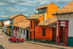 La坎德拉里亚角,历史的邻里在街市波哥大, Colombi 库存照片
