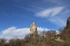 La colonna nell'inverno, Georgia, Sakartvelo di Katskhi fotografie stock