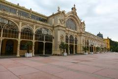 La colonnato principale in Marianske Lazne fotografia stock