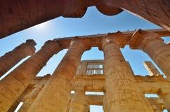La colonne thebes de temple de série de karnak de l'Egypte Égypte Vue Images stock