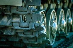 La columna de los tanques está en una misión Fotos de archivo libres de regalías