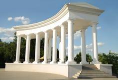 La columna en la entrada al parque Foto de archivo libre de regalías