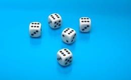 La combinación máxima en los cubos del juego Foto de archivo