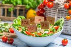 La comida de mirada agradable puede tener preservativos Imagen de archivo