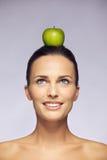 La comida sana es parte parte importante de la dieta de la balanza Fotos de archivo libres de regalías