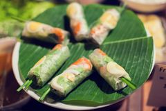 La comida vietnamita, banh Chungkin, tet del banh es consumición tradicional encendido imágenes de archivo libres de regalías