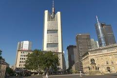 La Commerzbank si eleva fotografia stock libera da diritti