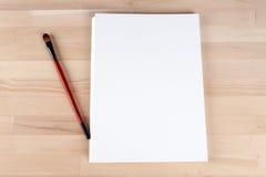La composizione dell'artista, calligrafo, spazzola dell'album Fotografie Stock Libere da Diritti