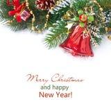 La composizione in Natale con abete si ramifica, decorazioni, campana rossa Immagini Stock
