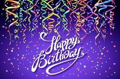 La conception de célébration de joyeux anniversaire, dirigent les éléments colorés de confettis, calibre Violet Colors Background Image libre de droits