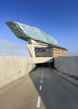 La conception de Zaha Hadid, port d'Anvers siège à l'aube, Anvers, Belgique Image stock
