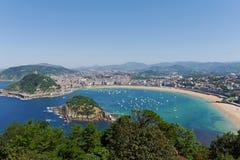 La Concha Beach van Igeldo zet op Donostia-San Sebastian Baskisch Land Gipuzkoa spanje stock fotografie