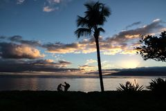 La conclusione di rilassamento del giorno su Maui al bambino tira Fotografia Stock