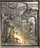 La confessione della regina Johanna Bas-Relief Immagine Stock