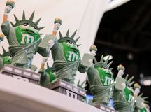 La confetteria popolare ha modellato un monumento americano, visto ad un deposito a New York City immagini stock libere da diritti