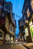 La confusión famosa de la calle en York durante hora azul Fotografía de archivo libre de regalías