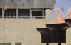 La conmemoración flamea en conmemoración de las víctimas del holocausto, Yom HaShoah Day Ceremony, el 24 de abril de 2017, Jerusa Foto de archivo