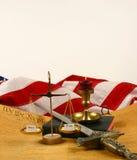 La constitution d'Etats-Unis, bible, écaille le pesage   Images stock