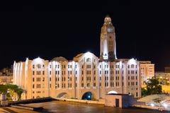 La construcción de las aduanas (Aduana de Montevideo en la noche, Uruguay Imagen de archivo libre de regalías