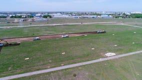 La construcción de la pista almacen de metraje de vídeo