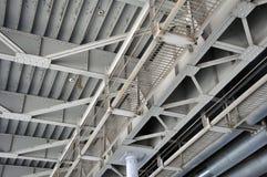 La construcción de puente de acero de viga, clavó común Textura foto de archivo libre de regalías