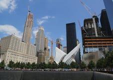 La construcción del eje del transporte del World Trade Center diseñado por Santiago Calatrava continúa en Manhattan Imagen de archivo