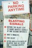 La construcción firma las señales de Blastiing Fotos de archivo libres de regalías