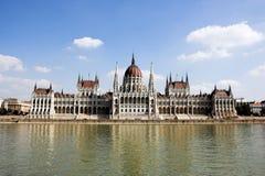La construction du Parlement de la Hongrie Photographie stock libre de droits
