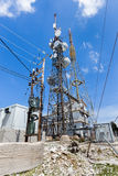 La construction en métal pour annoncer le téléphone TV par radio signale Photographie stock libre de droits