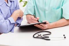 La consultazione di medico Immagine Stock Libera da Diritti