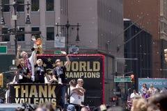 La coppa del Mondo della FIFA sostiene la parata nazionale del cuore-nastro della squadra di calcio delle donne degli Stati Uniti Fotografia Stock