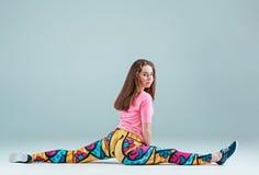 La coreografía adolescente del hip-hop del baile de la muchacha Foto de archivo