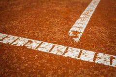 la corte fredda della priorità bassa allinea il tennis Fotografie Stock